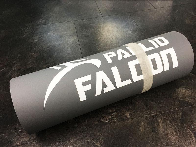 Fitnessmatte Test Pallid Falcon Impact Gesamtansicht zusammengerollt