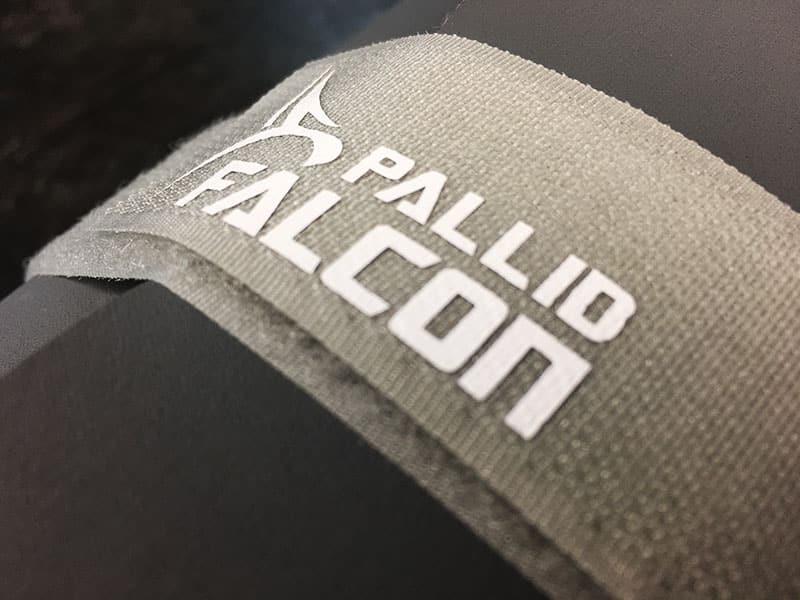 Fitnessmatte Test Pallid Falcon Impact Klettverschluss Logo
