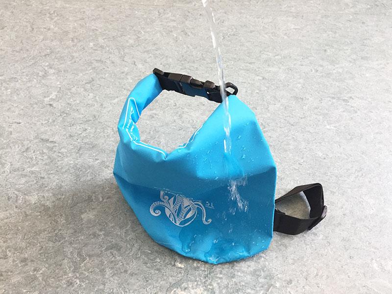 Dry Bag Test unter Wasser
