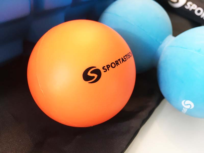 Faszienrolle Test Sportastisch Let´s Roll Massageball Nahansicht